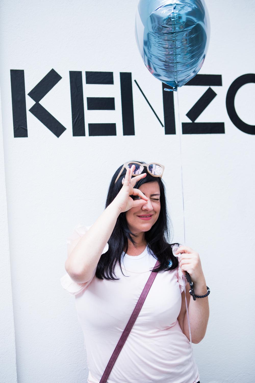 Kenzo World Misses Bond