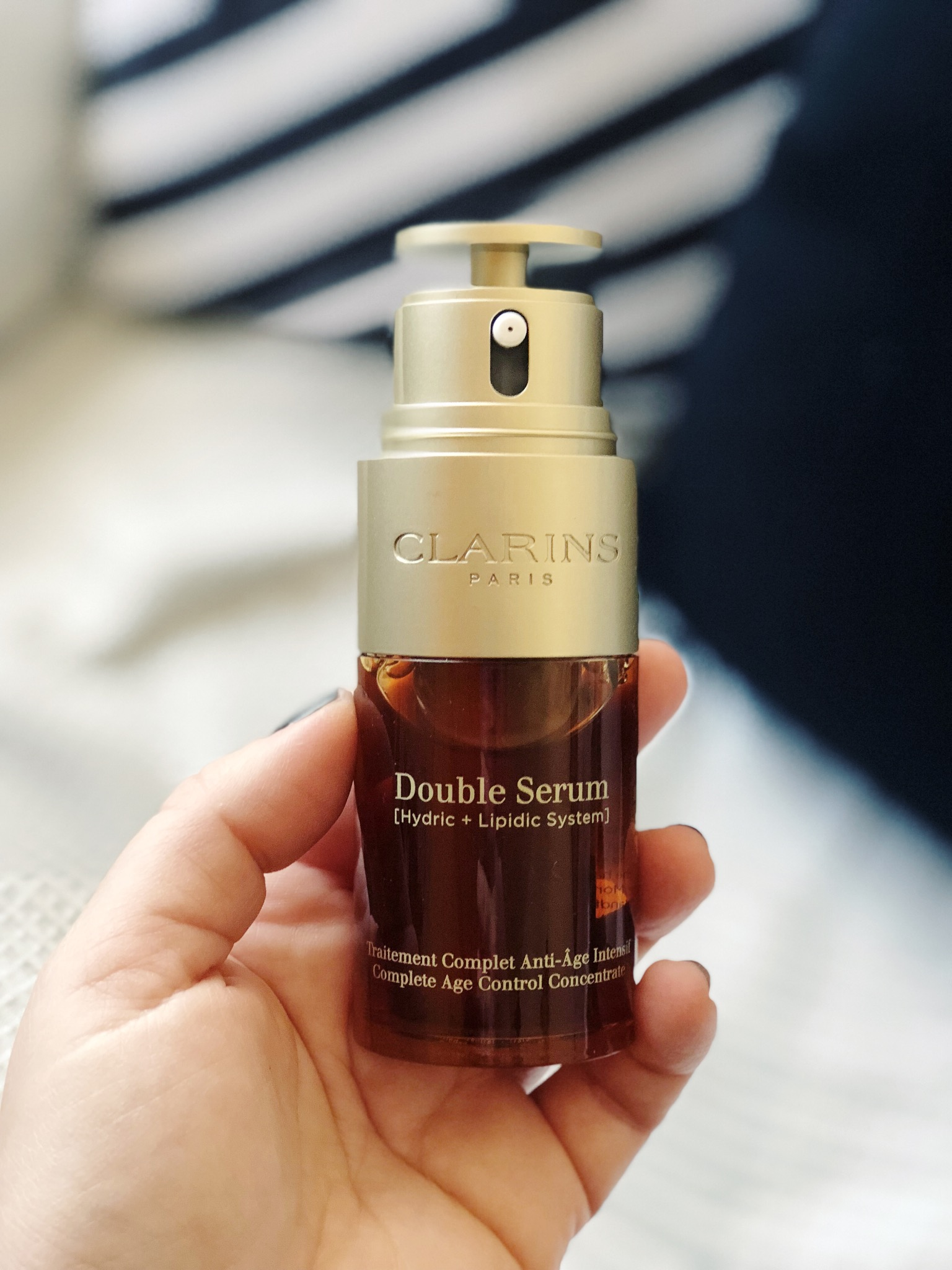 Clarins Double Serum, Misses Bond